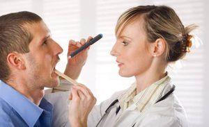 Cum să tratați gura în gură, dacă doare