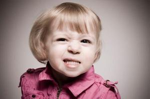 Bruxismul în cauzele copiilor