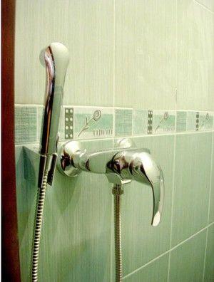 Dispozitivul unui duș mic