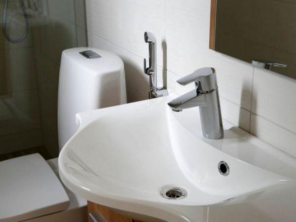 Robinet convenabil pentru procedurile de igienă