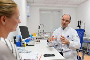 Descrierea indicațiilor specifice pentru tratamentul picăturilor de ochi Diclofenac