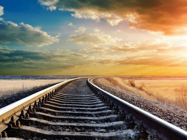 Mergeți pe un drum frumos într-un vis