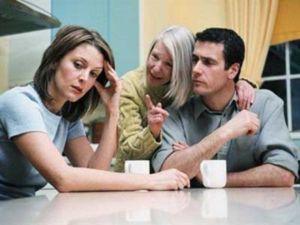 Visele cu soacra prevăd adesea o ceartă