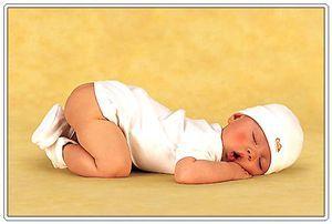 Cum să dormi în mod corespunzător un nou-născut