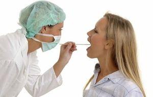 Staphylococcus aureus în gât