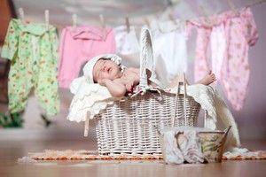 Costume frumoase pentru un nou-născut