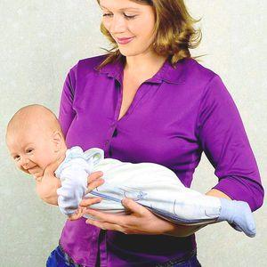 Cum să poarte un nou-născut