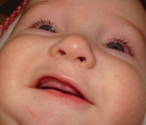 Primii dinți la copii