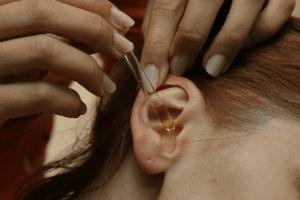 Instilarea urechilor cu trompa