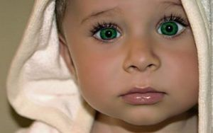 Ochii verzi la un nou-născut