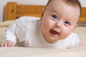 De ce apare strabismul la nou-născuți