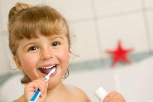 Curățarea cu schimbarea dinților din lapte