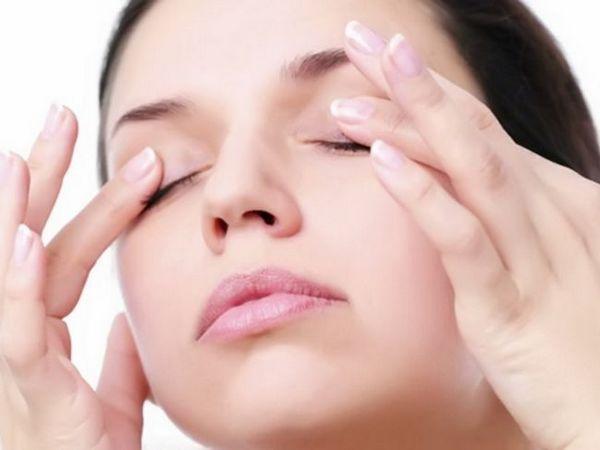 Masajul cu ochi mărește fluxul sanguin spre retina ochiului, îmbunătățind astfel vederea
