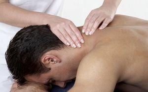 Reguli pentru efectuarea unui masaj terapeutic al departamentului de col uterin în cazul osteocondrozei gâtului