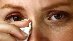 Lachrimarea cu un singur ochi
