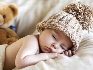 Somnul bebelusului pe stomac
