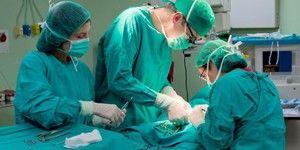 Cum se face operația de îndepărtare a herniei