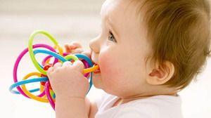 Ciubeste dintii copilului