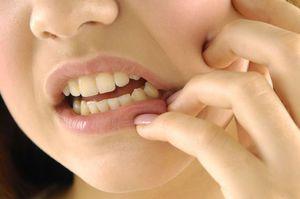 Cauze și tratament - pentru că reduce dinții și maxilarul