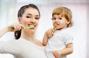 Prevenirea cariilor la copilul dumneavoastră