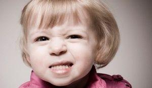 Cum explică medicii de ce un copil scutură într-un vis