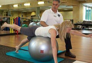 Ce trebuie să faceți dacă aveți dureri la nivelul coloanei vertebrale atunci când mutați discurile