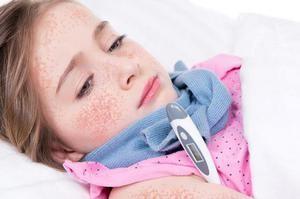 Dacă bebelușul are febră călcâie