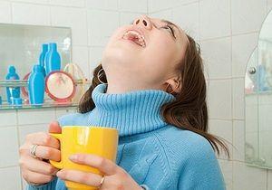 Utilizarea decocturilor și infuziilor de ierburi pentru combaterea plăcii pe dinți