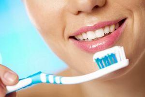 Periajul corect al dinților