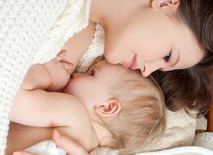 Totul despre alăptare: Beneficii, mituri